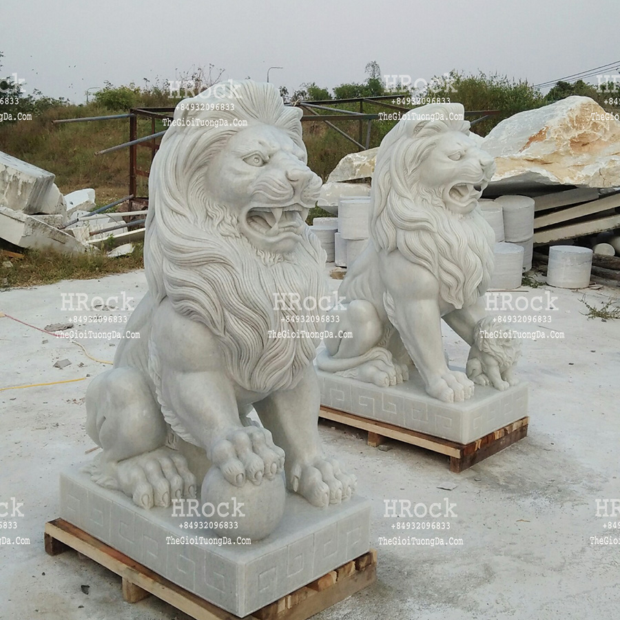 The White Marble Lion Statue